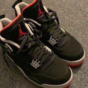 2019 retro Jordan 4 bred